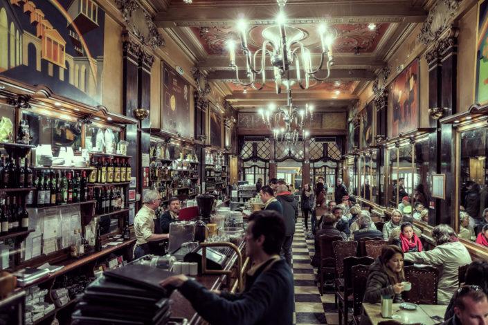 Lisboa Cafe La' Brasileira