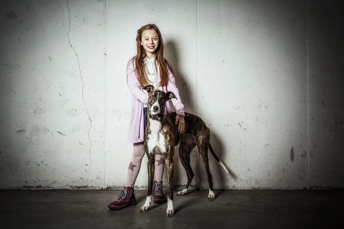 Ponta kids and dogs