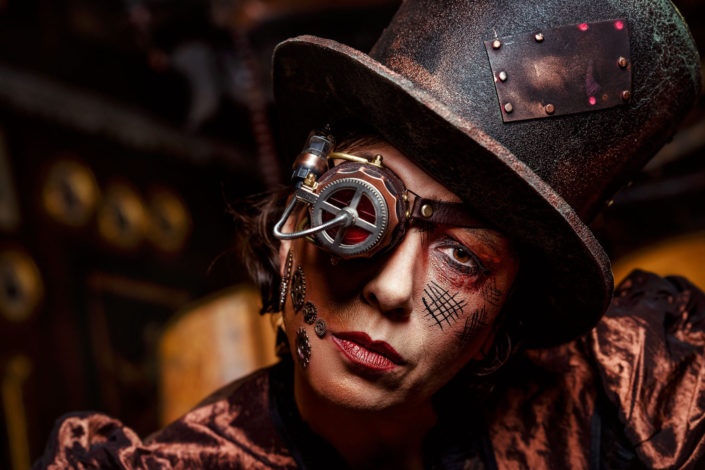Ursula Strauss Portrait and Steampunk 2019-02-13